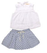Top Sina (white) und Rock Clara (navy dots)