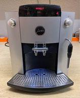 Jura F70 Kaffeevollautomat mit Touchdisplay und Milchaufschäumdüse