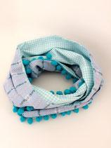 Edelweiss Schal mit Pompons