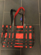 """Handtasche """"rote Veloschläuche"""""""