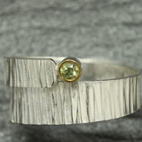 Hammered Ring with Peridot
