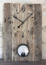 Horloge en bois de récupération