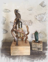 """Lampe """"sculpture"""" en bois de récupération"""