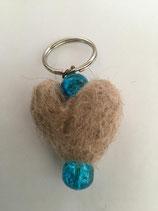 Herz- Schlüsselanhänger blaue Perlen