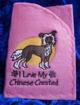 """Art:Nr:0018 Einsteckhülle für Impfpässe, Stickmotiv """" Chinese Crested"""""""