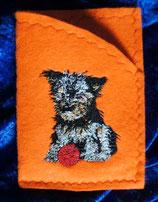 Art:Nr:0076 Hülle für mehrere Impfpässe ,Yorkshire Terrier,B:13 cm L:18 cm