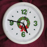 "Art:Nr:003 Wanduhr mit Stickmotiv "" Adventskranz"""