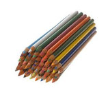 00.0009 - Crayons de couleurs