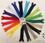 Reißverschluss 12cm Ykk vers. Farben