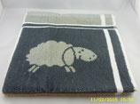 Handtuch braun mit Schafen -Frottier-