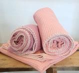 Wunderschöne weiche Waffelpique Decke ca.70cm x 95 cm, aus 100% Öko Baumwolle, incl. Motiv & 4 Buchstaben ab 79,90 €,