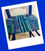 Chaise paillée en torons de tissus. Collection Mers. Bois Bleu Majorelle ... ou Klein.