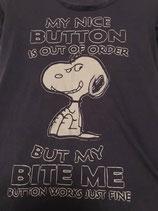 T-shirt nice button