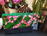Trousse Wa/jean fond marbré rose/blanc motifs verts