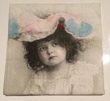 Vintage - Mädchen mit Hut / #000135
