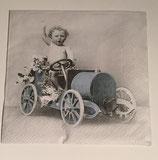 Vintage - Junge im Auto / #000130