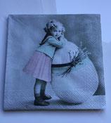 Vintage - Ostermädchen mit grossem Ei / #000117