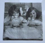 Vintage - Mädchen Tea Party / #000087 +
