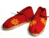 """Hausschuhe """"Rot mit Blumen"""""""