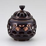 134-06 亀甲透香炉