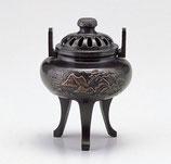 137-57 菊蓋山水香炉