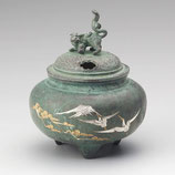 132-06   鉄鉢型獅子蓋香炉  鶴彫金