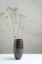 Hohe schlanke Vase