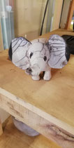 EB- Eléphant en raku
