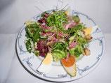 Salade du Marché aux Lardons, Croûtons et l'Oeuf