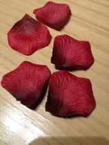 Rosenblätter aus Spezialstoff