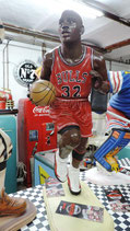 Basketball Player Figur Dekoration Sportsbar GFK Figur Deco Skulptur