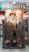 Cowboy mit Gewehr betritt Saloon  GFK Figur