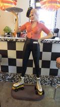 Rollergirl mit Tablet -  GFK Figur