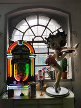 Betty Boop Original Figur Fleischer Studios Skulptur in Pink mit Strumpfband