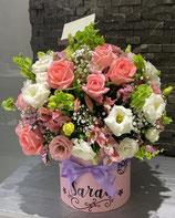 Cilindro bouquet Liciantus y rosas