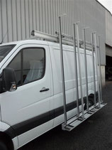 Pupitre porte verre en aluminium EAS Automobiles