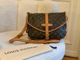 Louis Vuitton Tasche Saumur 30 Crossbody LV