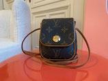 Louis Vuitton Tasche Pochette Cancun Monogram LV Crossbody