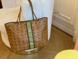 MCM Tasche Shopper Visetos Cognac grün