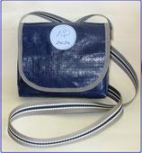 Dogi Bag - Umhängetasche mit grau/blauem Träger