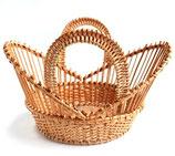 リトアニア製 柳のかご クラウンバスケット