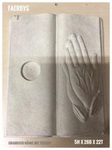 Grabbuch mit gefalteten Händen - Teelicht