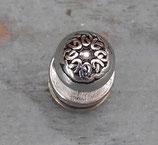 Bouton de col décoratif celte