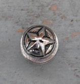 Bouton de col décoratif étoile