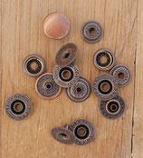 Pression cuivre antique