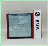 BMW.  Un Porte certificat simple pour assurance ou CT avec logo BMW (fond noir ou transparent)