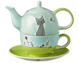 Tea for One Katze in Blumenwiese