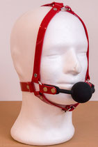 Ballknebel Ballgag Harness aus rotem PVC
