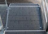 Podestgitterrost, feuerverzinkt, Tragstab 30/3, Maschenweite 30x30mm