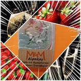 """Alpaka Keratin Seife """"Erdbeer-Champagner"""" hergestellt von laRiSavon"""